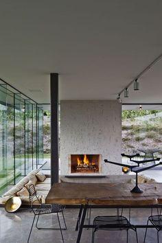 Airy rooms and cool interior create a modern Californian living dream. // Offenheit und coole Einrichtung sorgen für eine tolle Wohnatmosphäre im California-Style. #interior #modernism #enjoysiemens