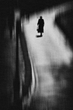 Artemis Dreaming Dark Photography, Monochrome Photography, Black And White Photography, Street Photography, Out Of Focus, Pics Art, Film Stills, Photomontage, Dark Art
