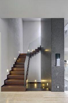 Modern villa design in Decin by Studio Pha Design Villa Moderne, Modern Villa Design, Modern Interior Design, Design Interiors, Interior Stairs, Interior And Exterior, Conception Villa, Architecture Design, Escalier Design