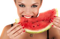 Health and Wellness: Benefits of Watermelon. Watermelon Images, Benefits Of Eating Watermelon, Workout For Flat Stomach, Get Healthy, Fitness Diet, Septum, Health And Wellness, Health Tips, Vitamins