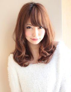 ラフでフェミニンな巻き髪スタイル(KU-288) | ヘアカタログ・髪型・ヘアスタイル|AFLOAT(アフロート)表参道・銀座・名古屋の美容室・美容院