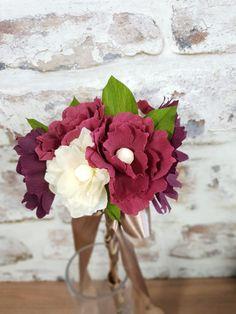 Autumnal crepe paper flower bouquet