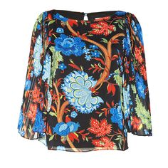 Our favorite Briar top is getting a major makeover with this gorgeous flower print this season!