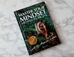 In 'Master your mindset' van Michael Pilarczyk staan de vragen 'wat wil je echt? Wat zou je doen als tijd en geld geen enkele rol zouden spelen? Hoe ziet jouw mooiste leven eruit?' centraal en word je uitgedaagd om het beste uit jezelf te halen en jouw mooiste leven te leven. wp.me/p54bIq-2a6