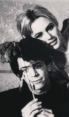 Lou Reed and Edie Sedgwick Andy Warhol, Art Music, Music Artists, Coney Island Baby, Poor Little Rich Girl, Edie Sedgwick, Indie Art, Idole, Patti Smith