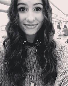 Lauren is SOOOOO beautiful!!!