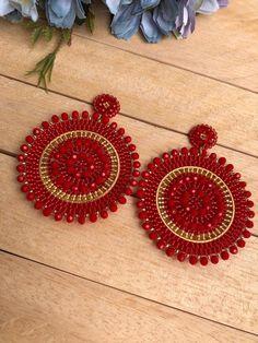 Etsy Earrings, Beaded Earrings, Earrings Handmade, Crochet Earrings, Beaded Jewelry Designs, Native American Beading, Jewelry Making Beads, Bohemian Jewelry, Jewellery