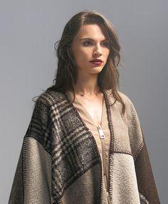 Winter outfit | invierno |  #camel #trend2016 #outfit2016 | Conoce más tendencias en http://www.larcomar.com/blog