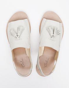 terhi polkki loafer sandal.