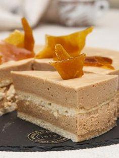 Τούρτα καραμέλα Greek Sweets, Greek Desserts, Greek Recipes, Sweets Recipes, Party Cakes, Cooking Time, Cake Pops, Sweet Treats, Cheesecake