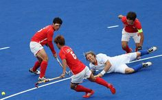 Roderick Weusthof of the Netherlands falls to the floor during the men's field hockey match between Korea and Netherlands Field Hockey, The Man, Olympics, Netherlands, Chill, Basketball Court, Korea, Floor, Play