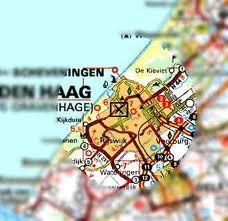Wandeling Den Haag om kennis te maken met politiek Den Haag vroeger en nu. Op onze wandeling komen we tien plaatsen en / of gebouwen tegen die allen een relatie hebben met de politiek. Wandeling Den Haag een stukje terug in de historie.