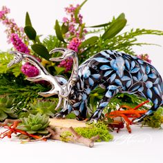 Deer is painted in Special (ZOBA-FN-PT) Blue + Black with Platinum design. Black Backgrounds, Deer, Porcelain, Collections, Hand Painted, Plants, Animals, Design, Porcelain Ceramics
