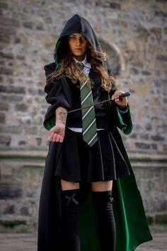 Harry Potter Kostüm, Estilo Harry Potter, Harry Potter Cosplay, Harry Potter Outfits, Harry Potter Characters, Harry Potter Costumes, Harry Potter Fashion, Harry Potter Uniform, Hermione Granger Costume