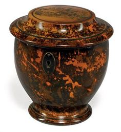 ANTIQUE  GEORGE III SIMULATED 'MULBERRY' WOOD TEA CADDY, LATE  18th CENTURY