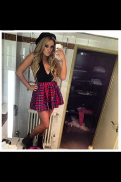 Asos tartan skater skirt as seen on Charlotte Crosby Charlotte And Gary, Charlotte Letitia, Charlotte Crosby, Geordie Shore, Girl Fashion, Fashion Outfits, Fashion Trends, Fashion Shoes, Famous Girls