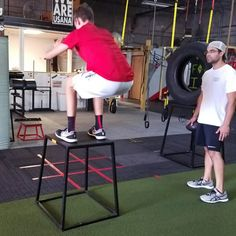 #1on1 #private #training with #trainer Mike Padua 312-401-1169 at #enhancefitnessstudio in #countrysideillinois   #Personal training #packages available.  #Designed to #provide #individual #attention to your #specific #fitness #goals. #Improve your #athletic #flexibility, #strengthen your #body, improve your #speed, #stamina and #overall #capabilities.