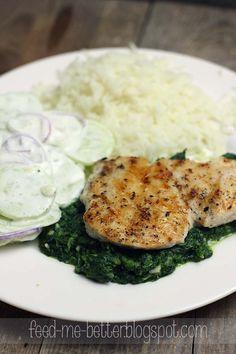"""Kolejny przepis z cyklu """"pomysł na obiad"""". Kurczak gości w moim menu codziennie, więc staram się przygotowywać go na różne sposoby, żeby m..."""
