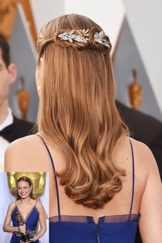 Best Actress Oscar Winner Brie Larson wore the Arielle Chignon Wrap by Jennifer Behr paired with her Gucci Dress. This gorgeous heirloom Swarovski crystal comb is perfect for updos and half-up/half-down styles like Brie wore. Shop the look at www.jenniferbehr.com