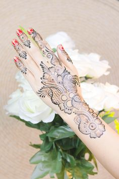 Diwali 2019 Special Mehndi Design for Hand Latest Mehndi Design Images, Mehndi Designs For Beginners, Mehndi Images, Latest Mehndi Designs, Mehndi Designs For Hands, Henna Designs, Henna Peacock, Mehendi Simple, Best Mehndi