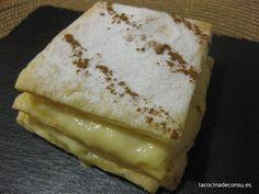 Unos bocaditos irresistibles que son facilísimos de hacer: milhojas de hojaldre y crema pastelera