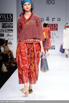 Farb-und Stilberatung mit www.farben-reich.com - Aneeth Arora . photogallery.indiatimes.com