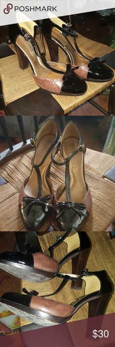 Fab BCBG T strap pumps 9.5 They sexy Mary Jane look with a 4 inch wood heel in good condition as shown in pics. True to size. These shoes are smoking hot I do not have the box. She was bent not be bundled to exceed 5 lb. Reasonable offers always welcome. BCBGMaxAzria Shoes Heels