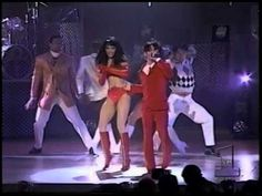 Prince - The Purple Medley - 1995 American Music Awards - Prince with his then soon-to-be first wife, Mayte Garcia Mayte Garcia, Prince And Mayte, Prince Of Pop, Dearly Beloved, Prince Rogers Nelson, American Music Awards, Pretty Baby, Rock And Roll, Beautiful People