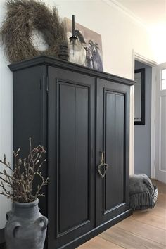 Painted Bedroom Furniture, Home Furniture, Gray Interior, Interior Design, Modern Rustic Decor, Furniture Inspiration, New Room, Home Living Room, Furniture Makeover