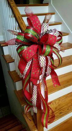 2017 Beautifully Christmas Tree Topper Ideas https://www.decomagz.com/2017/11/30/2017-beautifully-christmas-tree-topper-ideas/