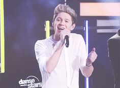 {GIF} Niall being adorable. <3