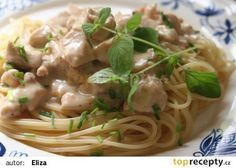 Fast spaghetti with chicken and raw sauce recipe - TopRecepty.cz - Quick spaghetti with chicken and raw sauce recipe – TopRecepty. Chicken Spaghetti, Sauce Recipes, Healthy Recipes, Meat, Cooking, Ethnic Recipes, Bulgur, Lasagna, Baking Center