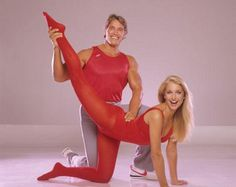 """beforethecolon: """"abitofgenre: """" Heather Thomas, Arnold """" Here to pump you up. Fashion Images, 80s Fashion, 80s Workout Clothes, Workout Clothing, Partner Stretches, Colored Tights, Heather Thomas, Arnold Schwarzenegger, Retro"""