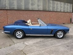 Jensen Interceptor S4 Convertible (1983-1990) Vintage Sports Cars, Vintage Cars, Retro Vintage, Jensen Interceptor, 70s Cars, Great British, Commercial Vehicle, Amazing Cars, Grey Leather
