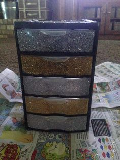Best 12 Mod poge + glitter = easy way to dress up boring plastic drawers Plastic Drawers, Plastic Bins, Eye Treatment, Skin Treatments, Top Rated Eye Cream, Glitter Furniture, Face Reveal, Sagging Skin, Get The Job