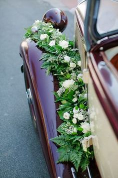 voiture de mariés, Best Picture For wedding cars maserati For Your Taste You are looking for something, and it is going to tell you exactly what you are looking f Vintage Wedding Flowers, Vintage Veils, Marie's Wedding, Destination Wedding, Wedding Cars, Wedding Castle, Wedding Ideas, Wedding Invitation Envelopes, Vintage Wedding Invitations