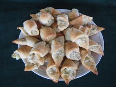 Artichoke Appetizers Recipe - Food.com // Mom made for bunco and said they were really good
