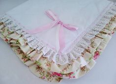 Love the double ruffle edging, not necessarily the lace though. I like the satin ribbon woven as well. 3rd Baby, Everything Baby, Easy Quilts, Baby Sewing, Baby Bibs, Baby Patterns, Baby Items, Cute Babies, Kids Outfits