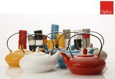 Tomar chá é uma milenar tradição oriental. Baseado nessa tradição a Maxwell & Williams desenvolveu a linha Jozo com design atemporal e porcelana de alta qualidade. Confira!  http://www.spicy.com.br/ProdutosResultadoBusca.aspx?qsOpcao=SE=jozo