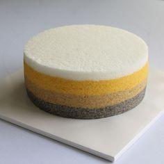 고상한 보자기 케이크안에는 분위기에 맞게 단풍색 4단 무지개 떡케이크를 넣어드렸어요.😍 국산 흑임자, 단호박가루와~ 오랜 시간 직접 고은 대추고로 색을 낸 무지개 케이크.💕 마음만은 전통떡 무형문화재 ㅎㅎㅎ 두번은 못하겠다그램 ~~😅 #플라워케이크#앙금플라워#보자기케이크 #cake#flowercake #예단케이크 #앙금모델링 #flowercandle #flowerstagram#baking#플라워캔들 #꽃스타그램#rose#wedding#birthday#soycandles #창업클래스 #cupcakes# #소이캔들 #koreanbuttercreamcake#주부창업 #delonghi #무지개케이크 #칠순케이크 #앙금커버링#flower #캔들 #candles