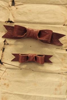 Leather Ribbon Brooch | IRRE