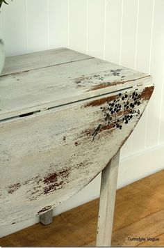 The 36th AVENUE | DIY Projects for the Home End table design