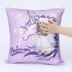 This flip sequin unicorn pillow will not only provide hours of flipping (its so fun!) but will also look great on a bed, chair or sofa. Add it to any room! Mermaid Glitter, Unicorn And Glitter, Mermaid Sequin, Cute Cushions, Cute Pillows, Diy Pillows, Unicorn Room Decor, Unicorn Bedroom, Throw Pillow Cases