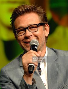 Page 652 of 665 - How cute is Connor Trinneer/Trip Tucker? - posted in…