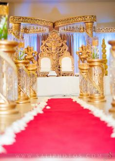Best Wedding Mandap Rental for Your Wedding and Give a Surprise Treat to All Gujarati Wedding, Indian Wedding Ceremony, India Wedding, Wedding Mandap, Big Fat Indian Wedding, South Asian Wedding, Wedding Ceremony Decorations, Flower Decorations, Mandap Design