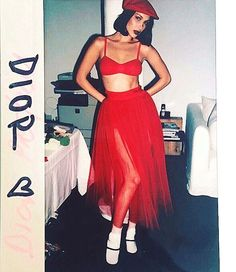 Bella Hadid talks Kendall Jenner and haters Bella Hadid Estilo, Mode Vintage, Mode Inspiration, Fashion Week, Fashion Fashion, Fashion Photography, Dress Up, Celebs, Celebrities