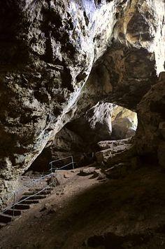 Kakushöhle bei Mechernich Große Höhle/ Kakuscave near Mechernich Big cave