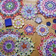 Getting Started with the La Passacaglia Quilt is hard! In this written tutorial I provide a step by step introduction for the first steps. Check it out!
