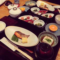 행복했던 시간.. 맛있다^^  うな重! 美味しい!*\(^o^)/*  #Japanese #Fukuoka #Tokyo #Japan #Food #Yummy #traditional #instafood #和食 #福岡 #東京 #美味しい #健康 #일본 #우나기 #동경 #도쿄 #먹스타그램 #후쿠오카 #맛집 #일식 #요리 #料理 #朝食 #breakfast #조식 #dad #hyatt #ハイアット #하얏트