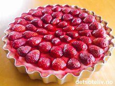 Raspberry, Strawberry, Frisk, Pavlova, Empanadas, Food And Drink, Sweets, Baking, Desserts